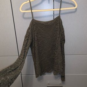 Lace cold should bell sleeve top